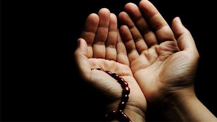 Doa Qunut saat Shalat Subuh dalam Tulisan Arab dan Latin Beserta Artinya